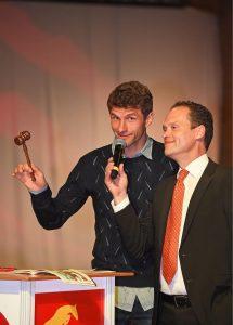 Schmuckstücke – Es Müllert bei der Auktion